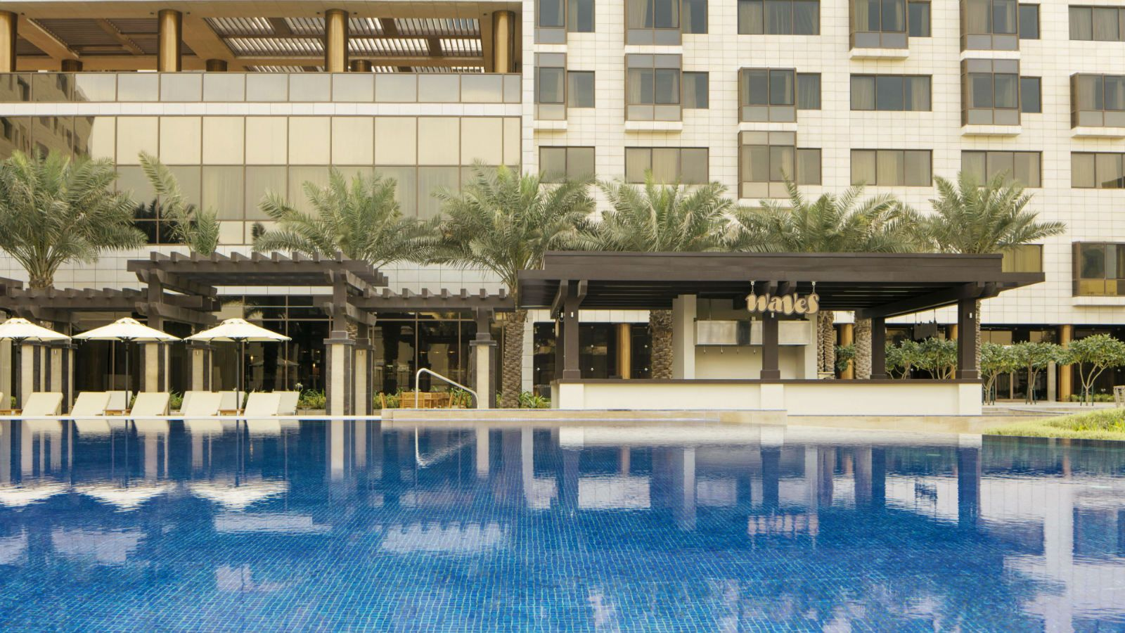 The pool at the Westin Doha Hotel & Spa